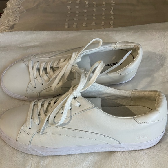 Madewell Shoes | White Leather Sneakers